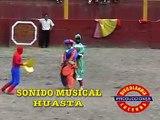 BANDA ORQ SONIDO MUSICAL HUASTA CORRIDA DE TOROS ( EN HUARI )