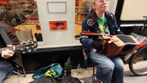 Irish music ♪ Dublin Street Music ♪ 009 ♪  Accordion & Guitar