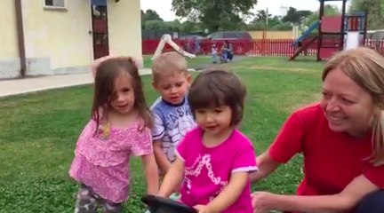 Maria al parco con i suoi amichetti - Casa Turchi Russo