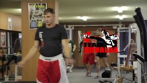 Sergej Maslobojev pamokos kultūrizmo salėje teaser