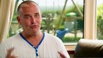 3 hommes souffrant du syndrome de la Tourettes partent en vacances
