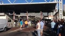 Les taxis ouvrent les barrières de péage du tunnel Prado-Carénage