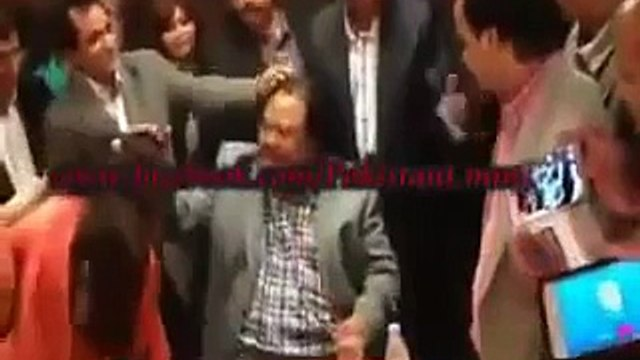 Altaf Hussain Pappi and japhi with young girls ooo lalaaaaaaa