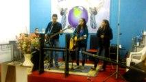 Ministério Profético Cântico de Vitória - Culto dia 10/05/2015 - Louvor -