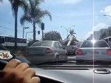 Acidente violento na Barra da Tijuca » Rio de Janeiro (Carro Capota às 15h da tarde)