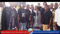 Meurtre de Zoé Kabila à Kinshasa : cérémonie des combattants avec un cercueil sans corps
