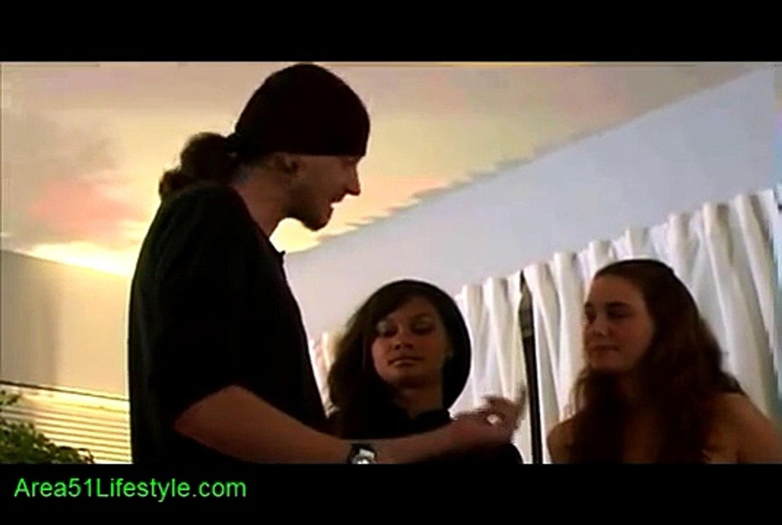 Mystery Method PUA (Pickup Artist) Live Mystery Method Training w/ Women -  Interrupts - video dailymotion