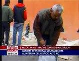 BOMBEROS EN RESCATE DE VICTIMAS DE TERREMOTO 27F EN CHILE