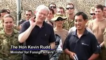 Foreign Minister Kevin Rudd visits the Australian Medical Task Force at Camp Cockatoo in Kot Addu