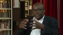« Trop noire pour être Française ? » : entretien avec Achille Mbembe