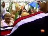 DAMAS DE BLANCO CUBA No3 Policías cubanos apalean y encierran a más de 30 Damas de Blanco.