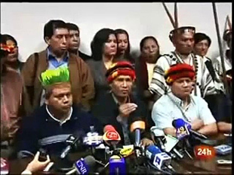 Alán García dice que indígenas no son ciudadanos de primera e insinúa culpas a Venezuela.