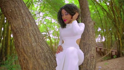 GELLY - IYOLELE - OFFICIAL MUSIC VIDEO
