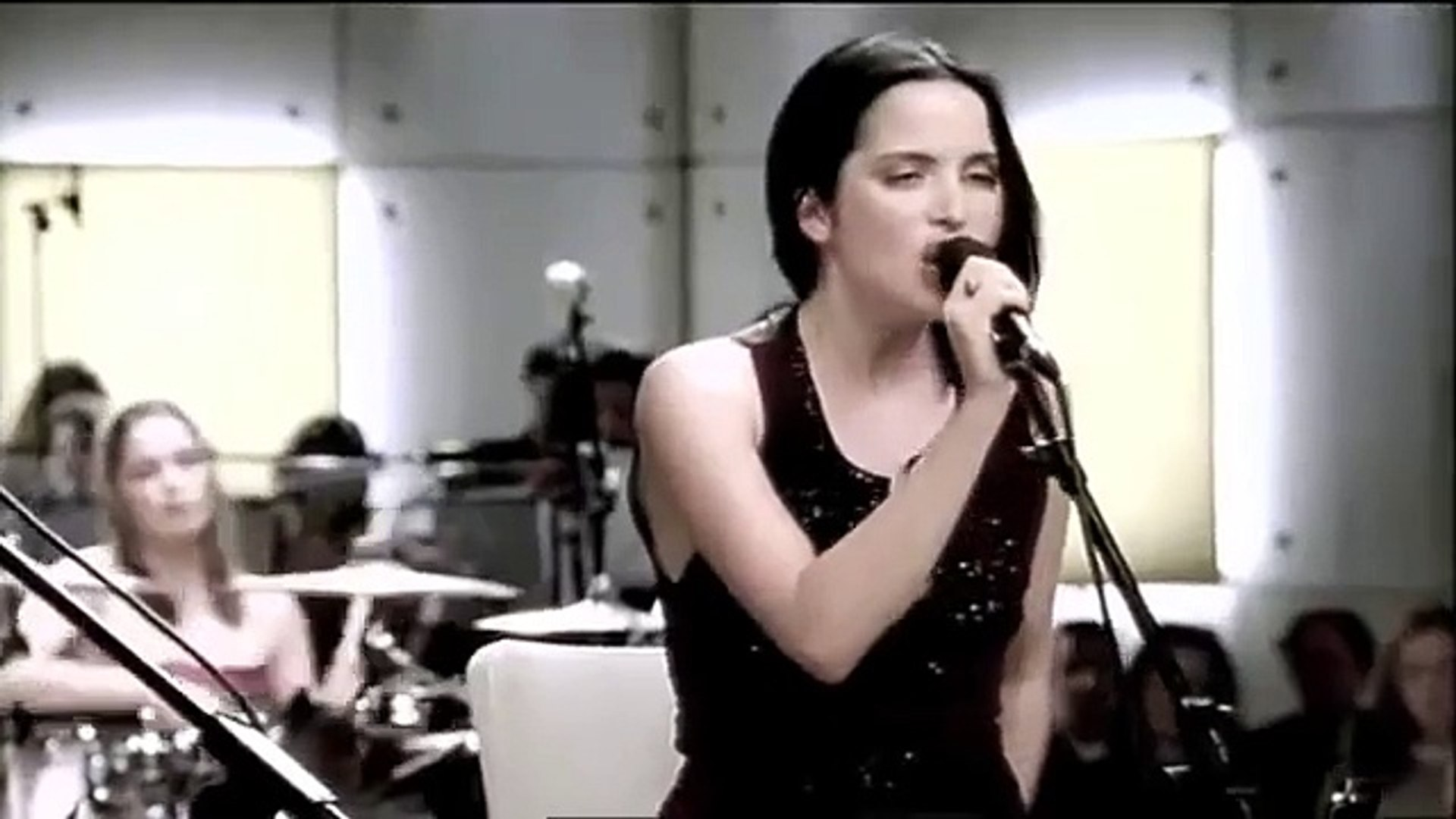 The Corrs - So Young (Unplugged MTV 1999)