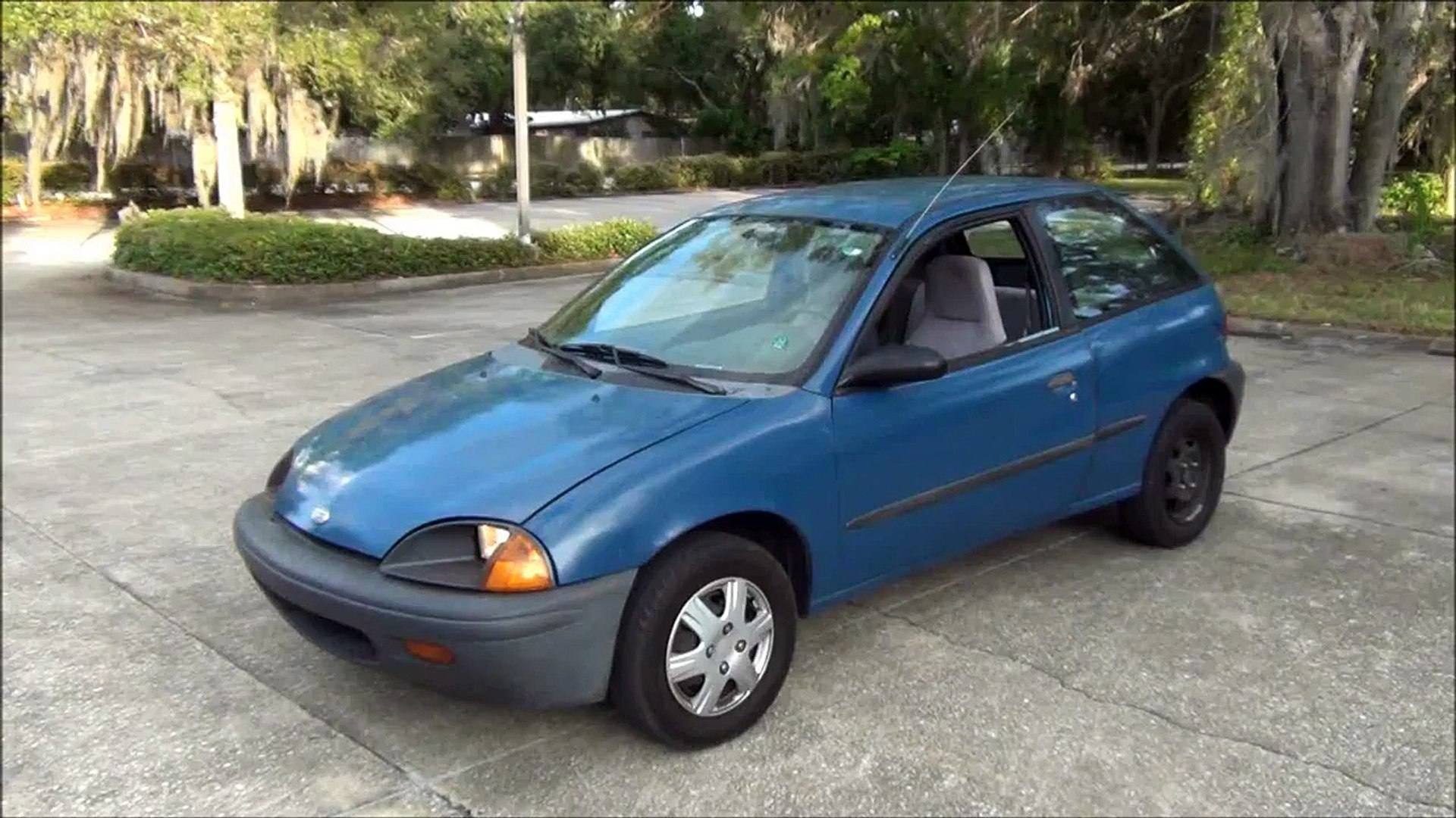 97 CHEVY GEO METRO LSI 3 CYLINDER 5 SPEED W/TRAILER HITCH 52 47 MPG GOING  52-57 MPH- 99 2 MILE TRIP