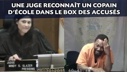 Une juge reconnaît un copain d'école dans le box des accusés