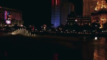 Bellagio Fountains dancing on classical music     (HD)