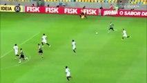 Football : Incroyable raté de Fred !