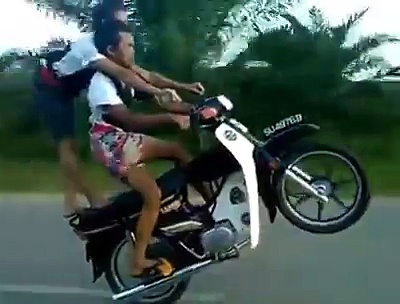 Stunt with Motorcycles – Motorcycles Stunt