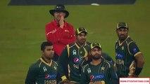 Shahid Afridi and Ahmad Shahzad Funny Moment During Match - Pak Cricket Team Fun