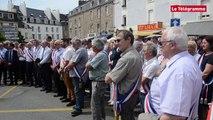 Vannes. Baisse des dotations de l'Etat : 140 élus du Morbihan devant la préfecture