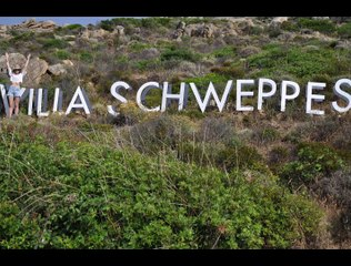 La Villa Schweppes à Calvi on the rocks !