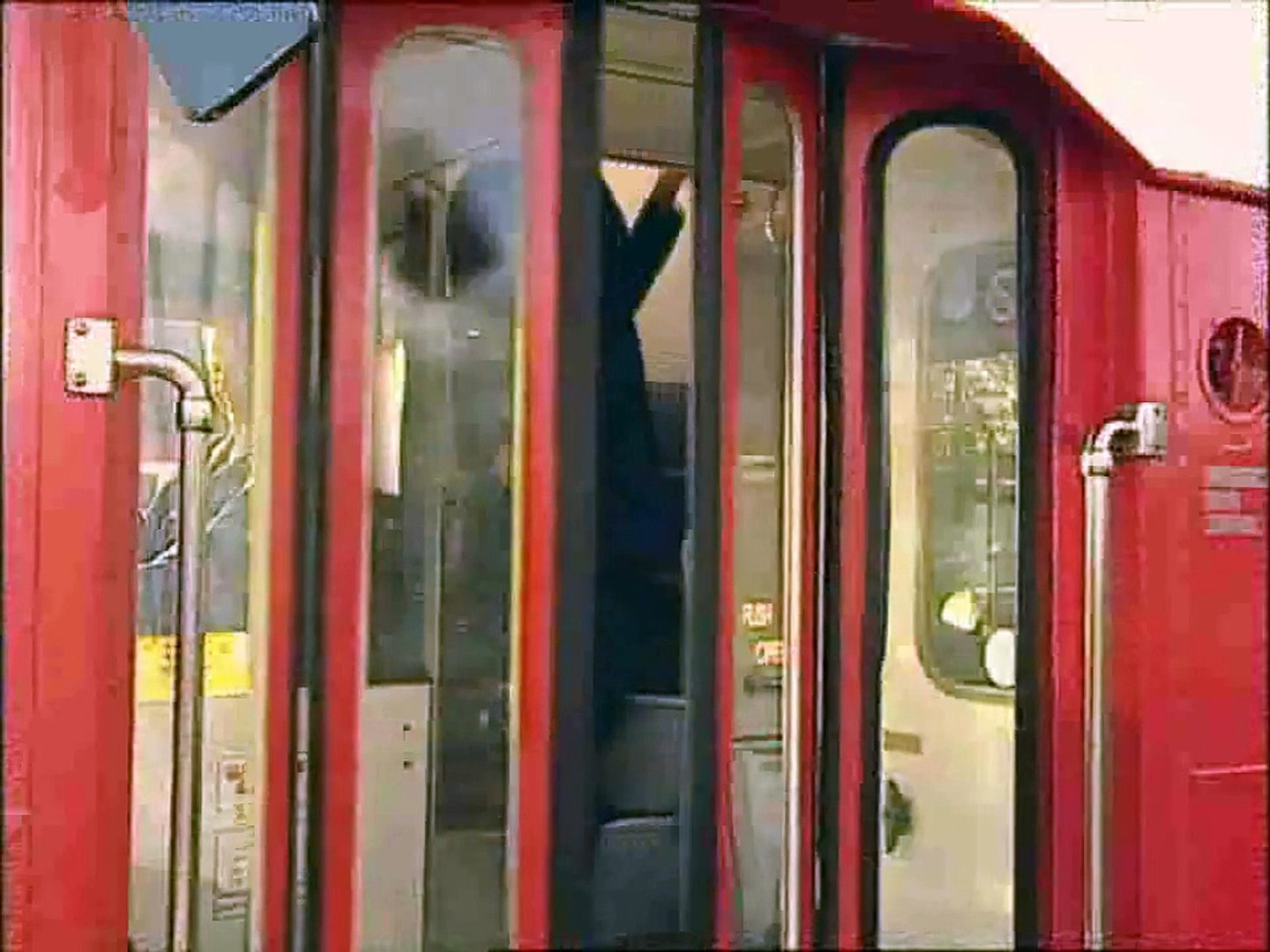 Bus Business Volume 1 - The Last of the Lowestoft VR's (Trailer for DVD)