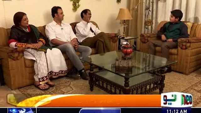 Halwa Puri with Umer Chaudhry : An Interesting Question with Nasir Adeeb