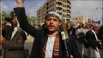 La postura de la ONU ante el conflicto yemení lleva a los hutíes a las calles