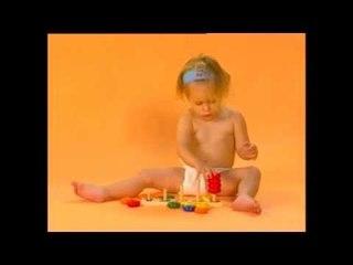 E.Q Baby - משחיל טבעות צבעוני- wooden colored rings toy