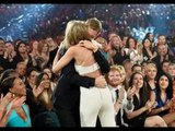 Taylor Swift & Calvin Harris Kiss After 'Bad Blood' Premieres At Billboard Music Awards 2015