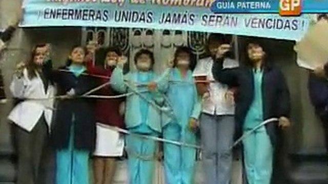 Enfermeras explotadas en huelga 1/2 (Prensa Libre 25-06-07)