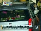 Papa Francisco llegó a la Nunciatura para pasar su segunda noche en Ecuador
