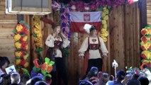 Iris and Rose Singing Drunken Scotsman At The New Polish Pub