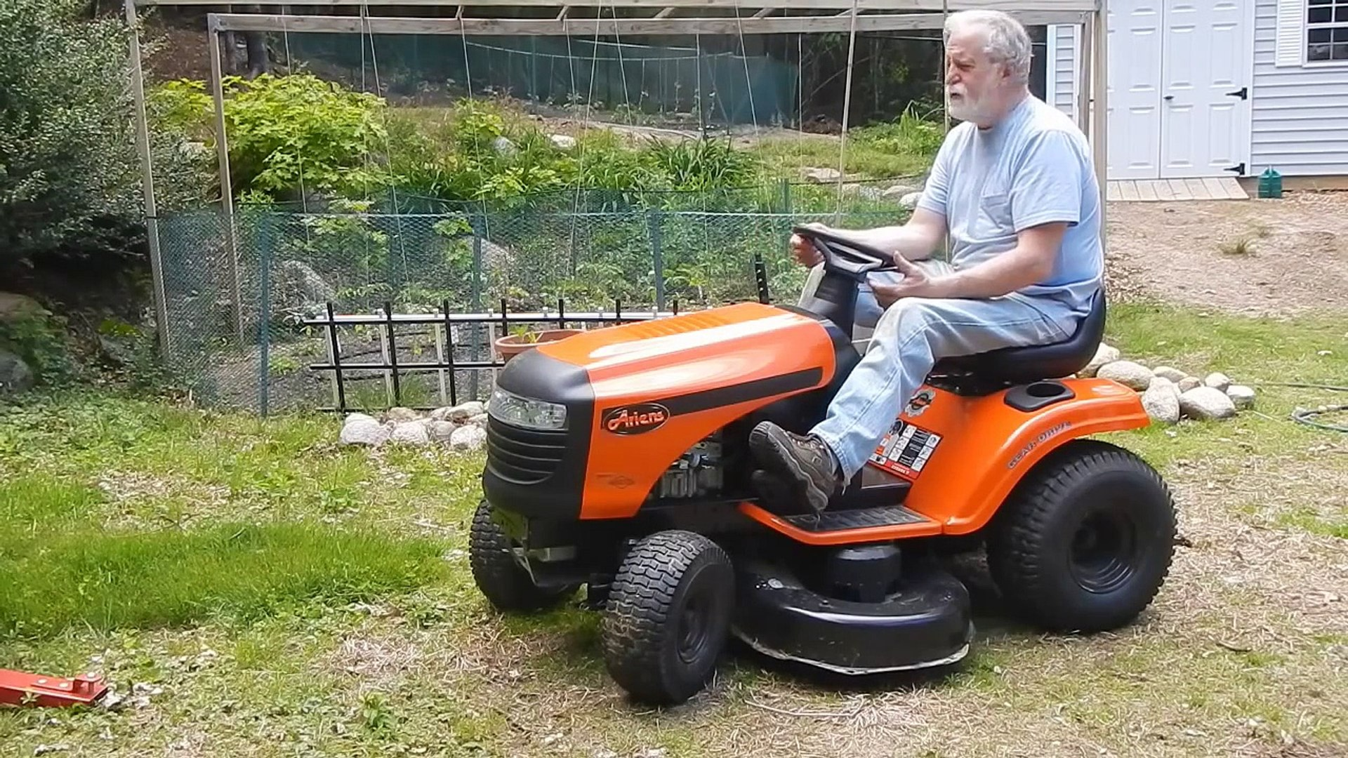 Review Ariens 42 In 17 5 Hp 6 Sd Riding Lawn Mower