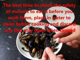 How to eat mussels - eating mussels from a shell with a shell - eating etiquette