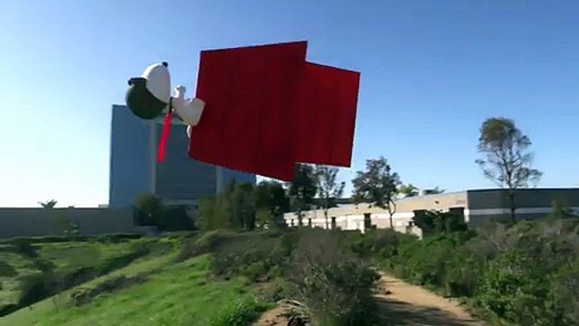 Snoopy Flying Doghouse RC Quadcopter ready for Comic-Con