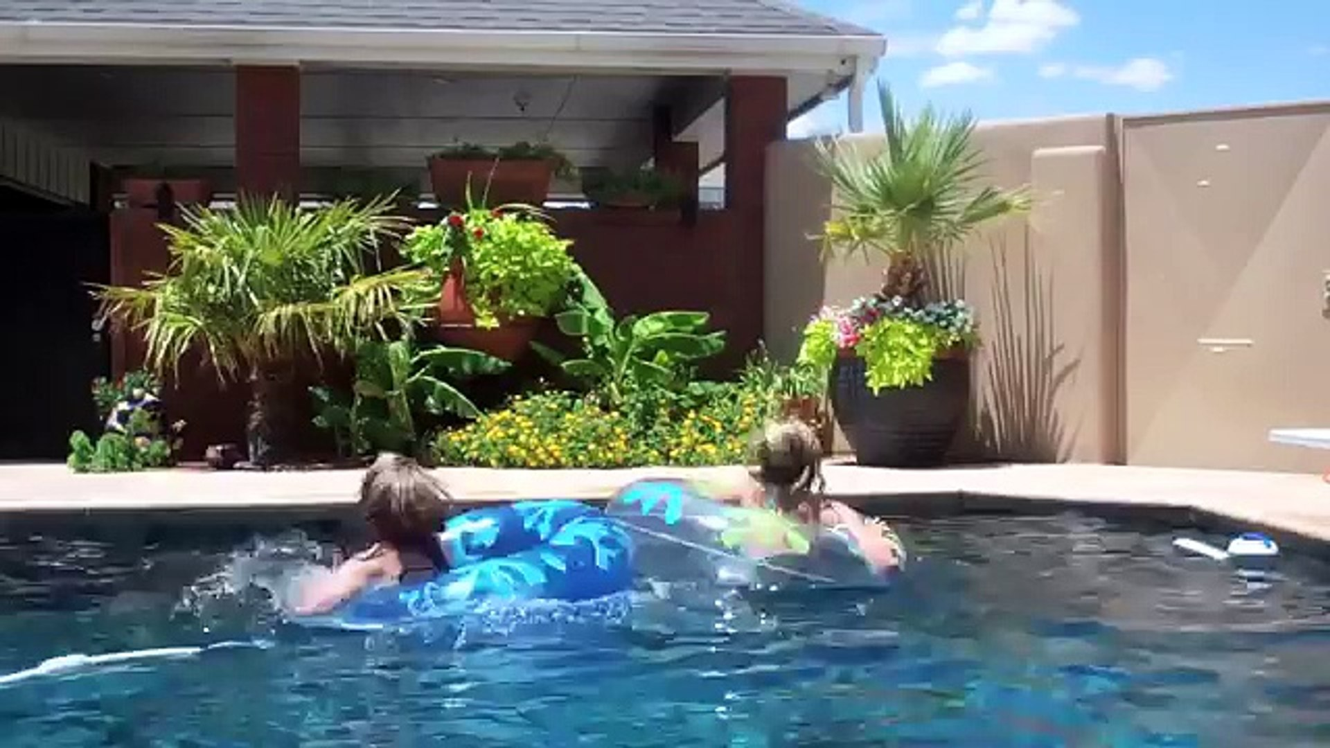 25 things to do in the pool