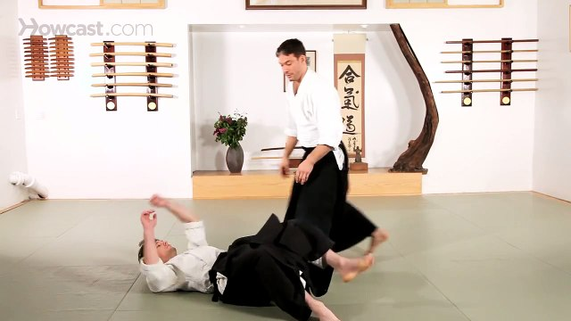How to Do Aiki Otoshi | Aikido Lessons