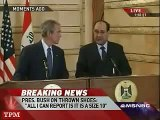 صحفي عراقي يحذف بوش بحذائه Bush Dodges Shoes Thrown by Iraqi