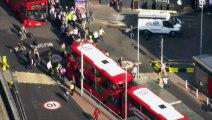 Grève du métro à Londres : longues files d'attente devant les bus.