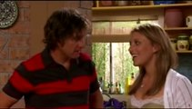 4415 - Lucas and Naomi kiss