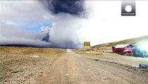 Ecuadorianischer Vulkan spuckt kilometerhoch Asche