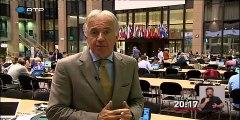 Eurogrupo aprova terceiro resgate à Grécia - Economia