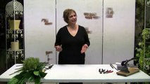 Designing With Silk Flowers - How To Cut Silk Stems For Floral Arrangements