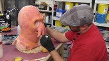 Painting and Airbrushing The Zoidberg Project
