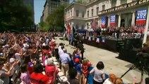 Etats-Unis : une parade gigantesque en hommage aux footballeuses championnes du monde