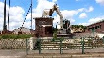 Beuvry : démolition de l'entrée du stade Léo-Lagrange