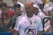 Futsal: Zinedine Zidane et Enzo Zidane font le show