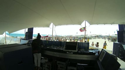 Thris Tian, Bradley Zero, Josey Rebelle // WF Sete '15 Beach Stage